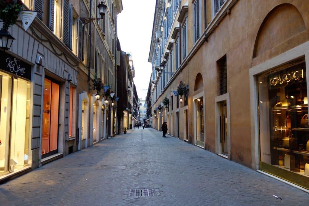 Compras na Via Borgognona e Via Frattina em Roma