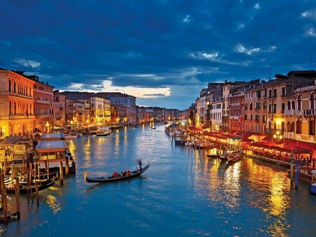 Como achar passagens aéreas muito baratas para Veneza