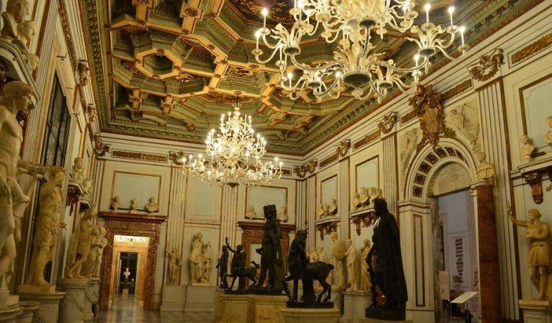 Interior do Palácio Novo, que faz parte dos Museus Capitolinos em Roma