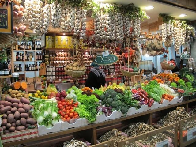 Conheça e coma no Mercado Central de Florença