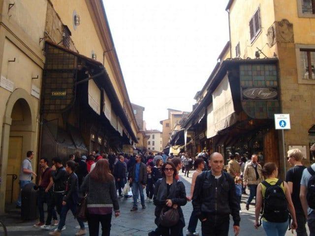 Como se locomover e andar em Florença