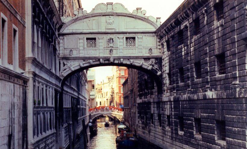 Ponte dos Suspiros na Itália