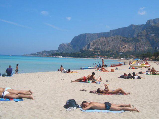 Praias em Palermo na Sicília