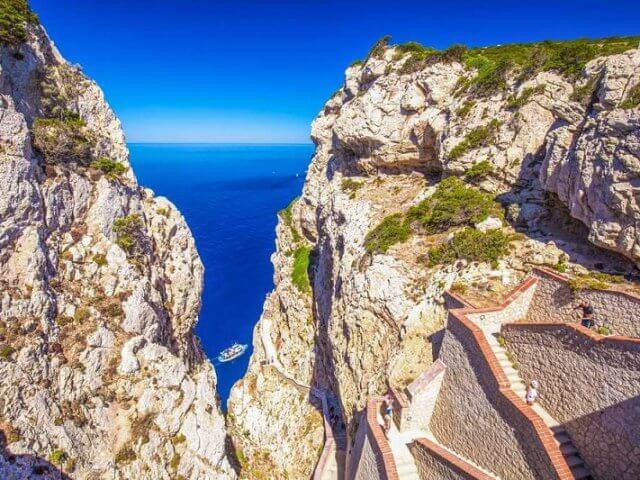 Pontos turísticos em Sardenha