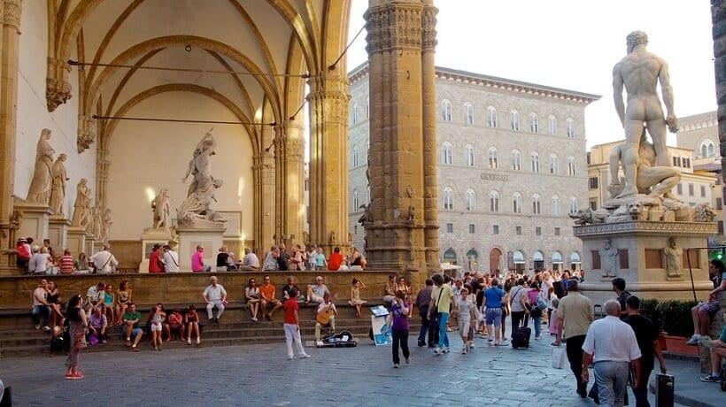 Área externa da Galleria degli Uffizi