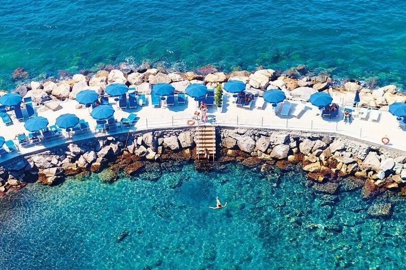 Beach club em Sorrento
