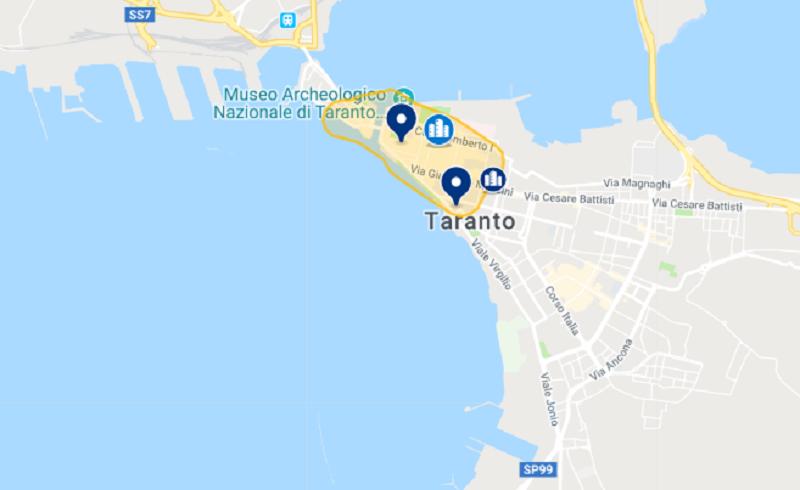 Mapa dos hotéis em Taranto