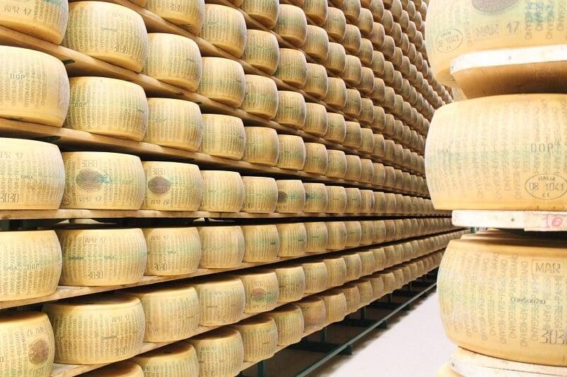 Fábrica de queijo em Parma