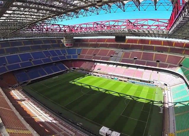 Assistir a jogos do Milan na Itália