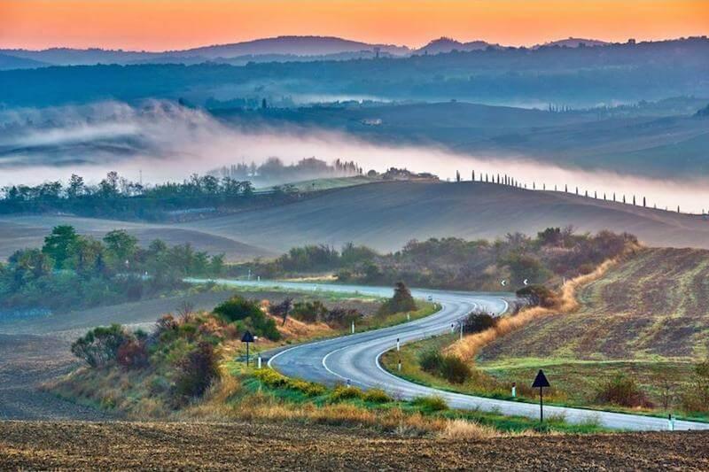 Estrada na Itália