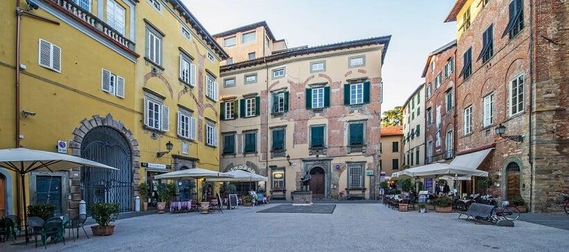 Fachada do Puccini Museum em Lucca