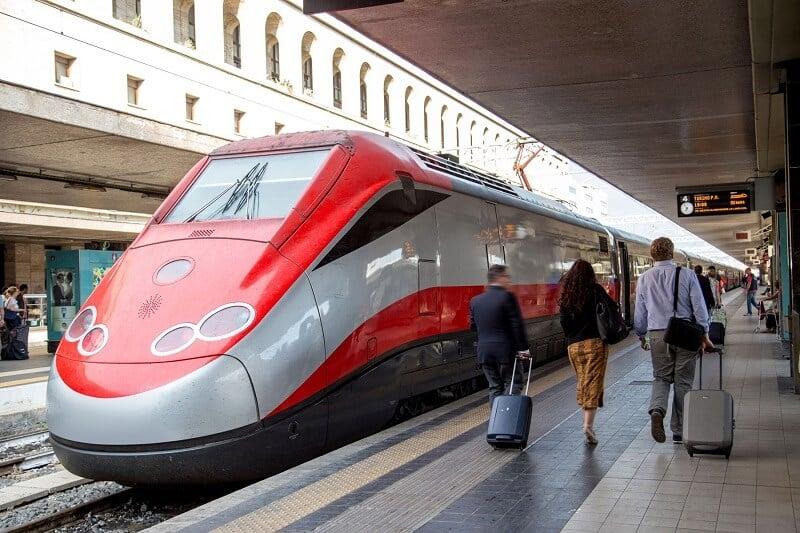 Viagem de trem de Bari a Roma