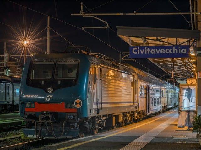 Viagem de trem de Roma a Civitavecchia
