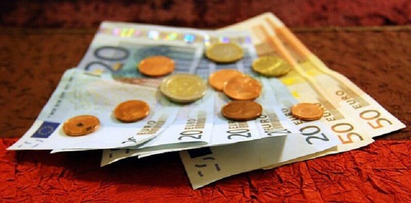 Notas e moedas de euros
