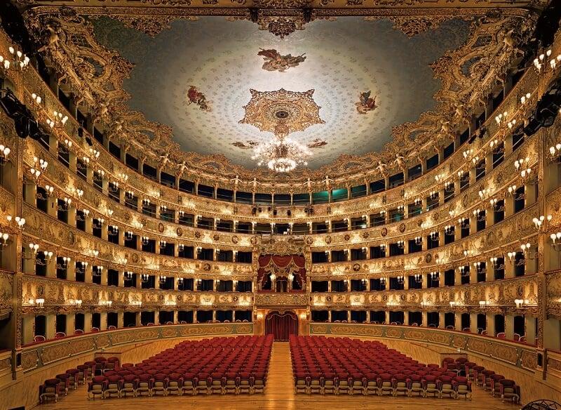 Interior do Teatro La Fenice