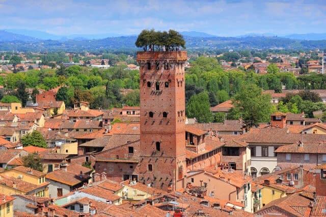 Guinigi Tower em Pisa na Toscana
