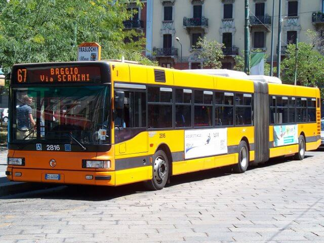 Como andar de transporte público na Itália