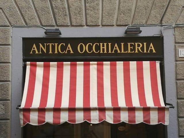 Onde comprar óculos escuros em Florença