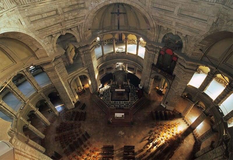 Basílica de São Lourenço em Milão