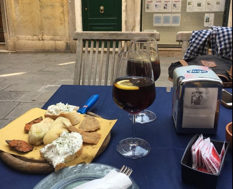 Bebidas e aperitivos em Veneza
