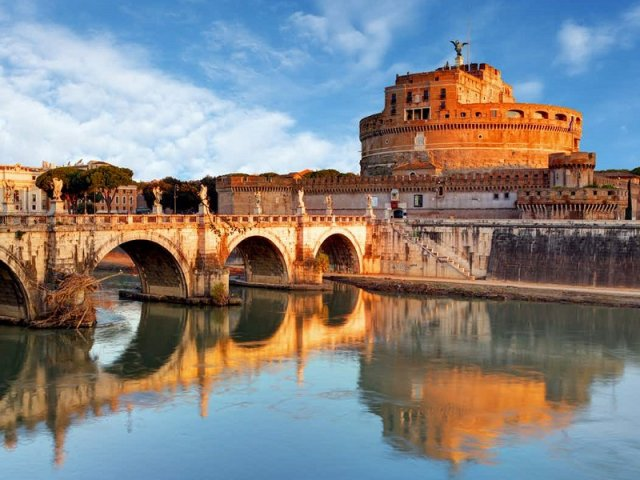 Ingressos para visita guiada pelo Castelo de Sant'Angelo com subida ao terraço