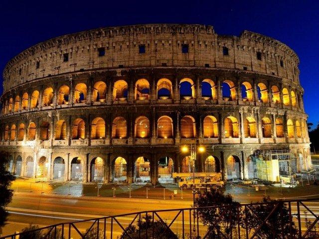 Ingressos para tour noturno por Roma iluminada