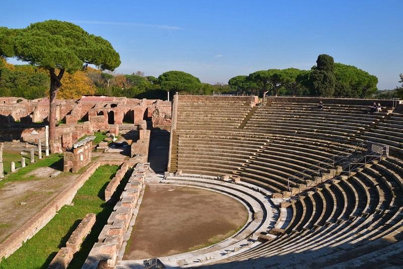 Anfiteatro na Ostia Antica em Roma