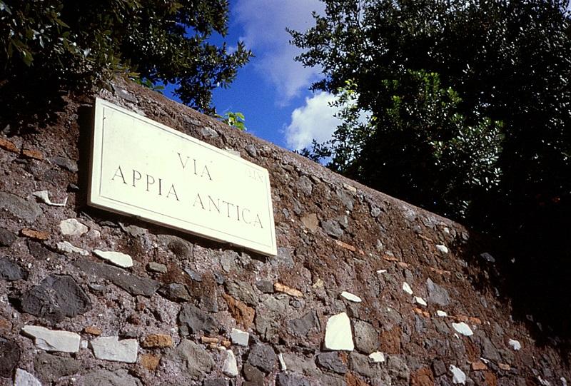 Placa sinalizando a Via Appia em Roma