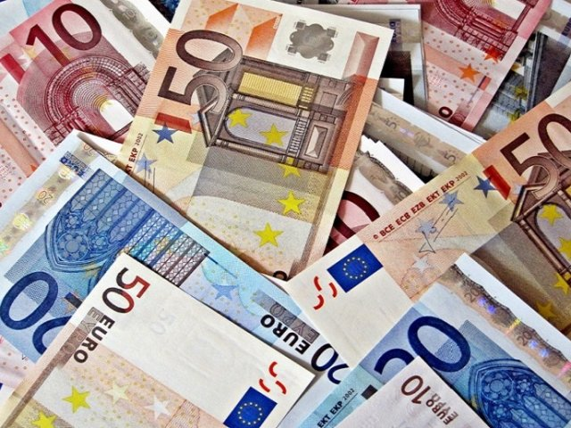 Como enviar dinheiro para Roma