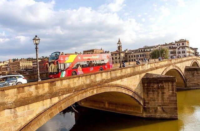 Ingressos para passeio de ônibus turístico em Florença