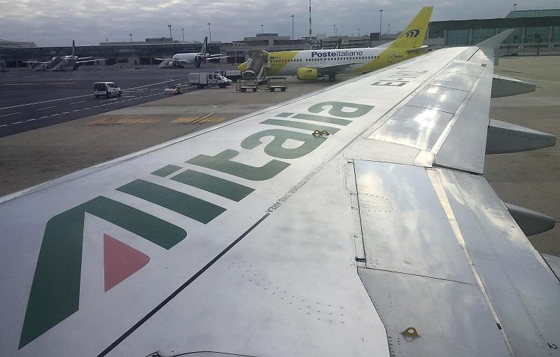 Asa do avião Alitalia
