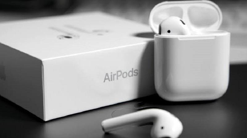 AirPods e caixa