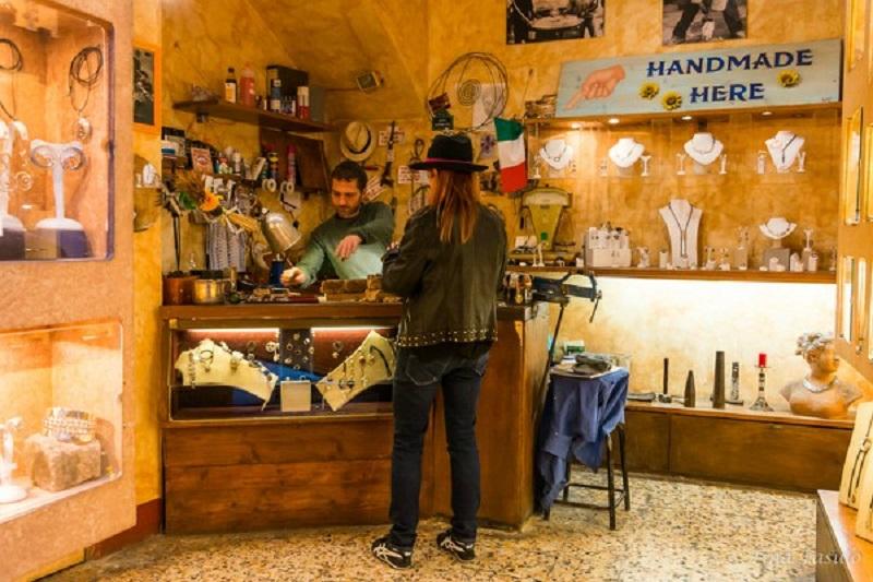 Loja Macallè em San Gimignano