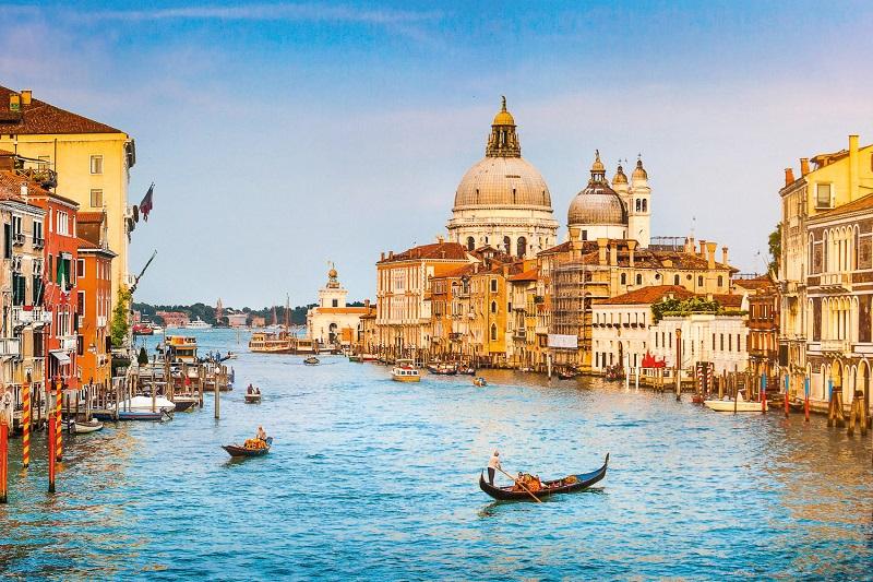 Cruzeiros baratos pela Itália