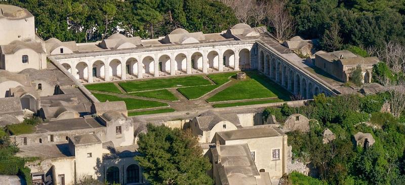 Certosa di San Giacomo em Capri vista de cima